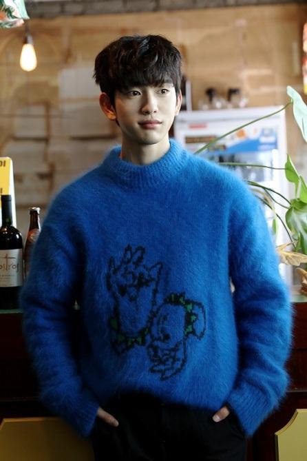 got7-jinyoung-21